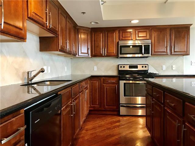 600 E Admiral Boulevard #1605, Kansas City, MO 64106 (#2172392) :: Clemons Home Team/ReMax Innovations