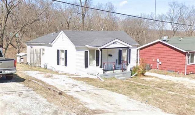 2106 S Arlington Avenue, Independence, MO 64052 (#2172671) :: Clemons Home Team/ReMax Innovations