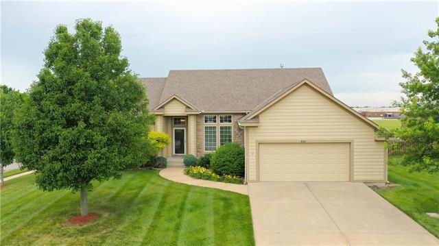 400 E Pawnee Street, Gardner, KS 66030 (#2172855) :: Team Real Estate
