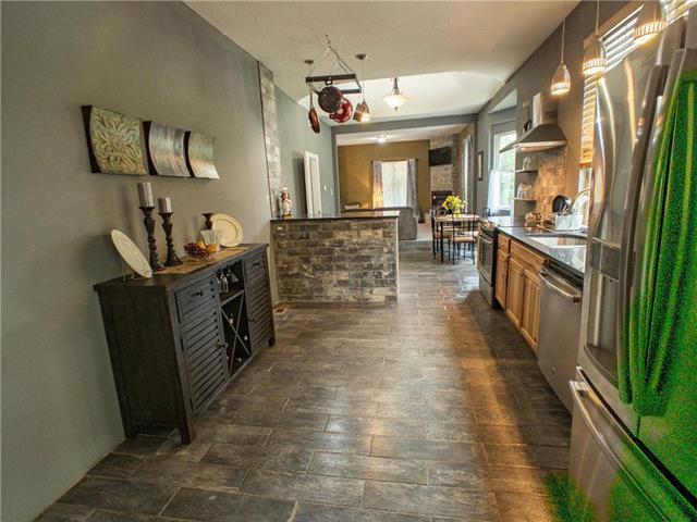 1817 E Missouri Avenue, Kansas City, MO 64124 (#2173004) :: Clemons Home Team/ReMax Innovations