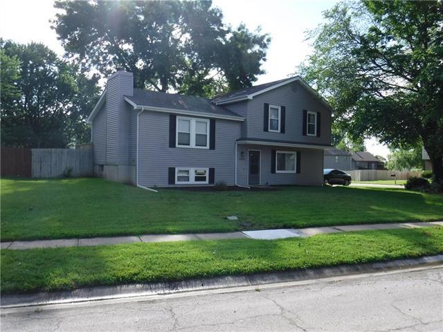 14802 W 150th Street, Olathe, KS 66062 (#2173263) :: Kedish Realty Group at Keller Williams Realty