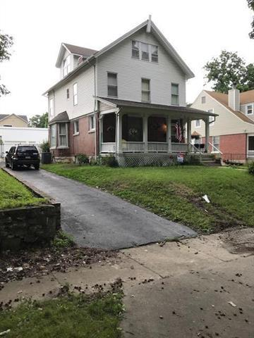 436 Spruce Avenue, Kansas City, MO 64124 (#2173618) :: Dani Beyer Real Estate