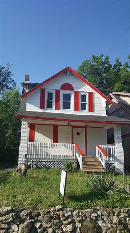 3311 E 34th Street, Kansas City, MO 64128 (#2173900) :: House of Couse Group
