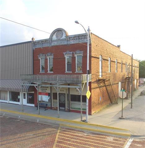 500 Main Street, Wellsville, KS 66092 (#2174344) :: The Gunselman Team