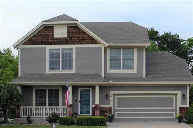 816 NW 110th Street, Kansas City, MO 64155 (#2174577) :: Dani Beyer Real Estate