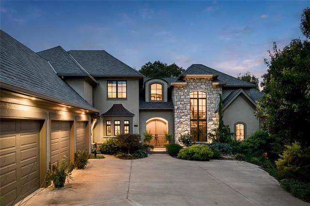 10430 NW River View Point, Parkville, MO 64152 (#2174964) :: House of Couse Group