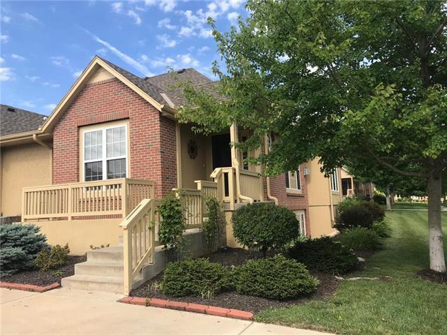 14082 W 152 Terrace #4201, Olathe, KS 66062 (#2176263) :: Clemons Home Team/ReMax Innovations
