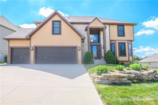 6655 NW Monticello Drive, Parkville, MO 64152 (#2176883) :: The Shannon Lyon Group - ReeceNichols