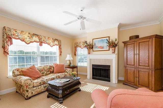 11606 Tomahawk Creek Parkway K, Leawood, KS 66211 (#2177441) :: House of Couse Group