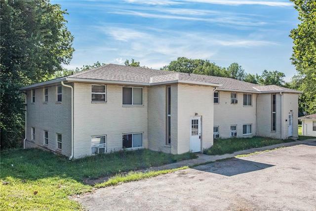 4825 NW Homestead Terrace, Riverside, MO 64150 (#2178833) :: Kansas City Homes
