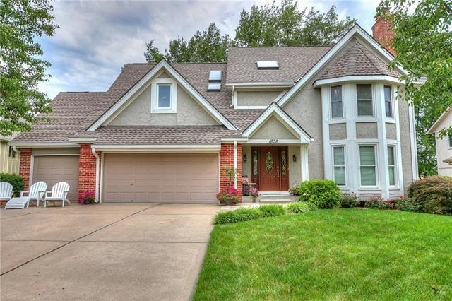 1808 NE 83rd Street, Kansas City, MO 64118 (#2179062) :: Kansas City Homes