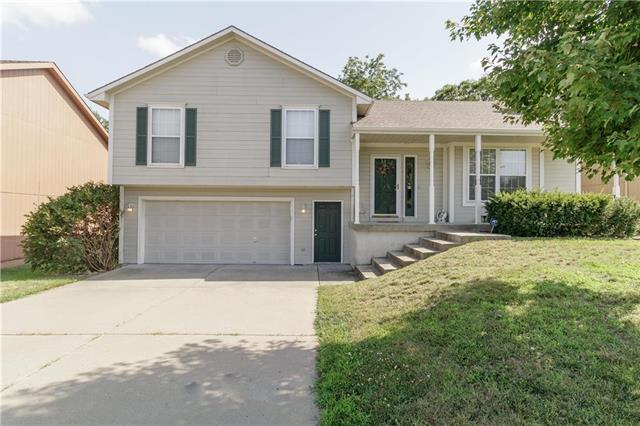 8635 NE 72nd Terrace, Kansas City, MO 64158 (#2179166) :: Dani Beyer Real Estate
