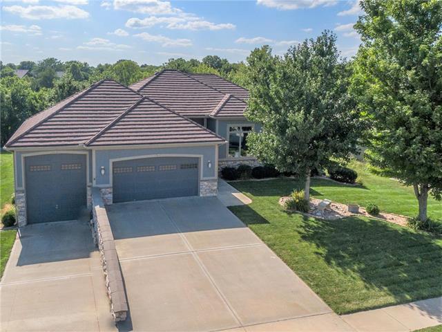 309 Shoreline Drive, Louisburg, KS 66053 (#2180018) :: Eric Craig Real Estate Team