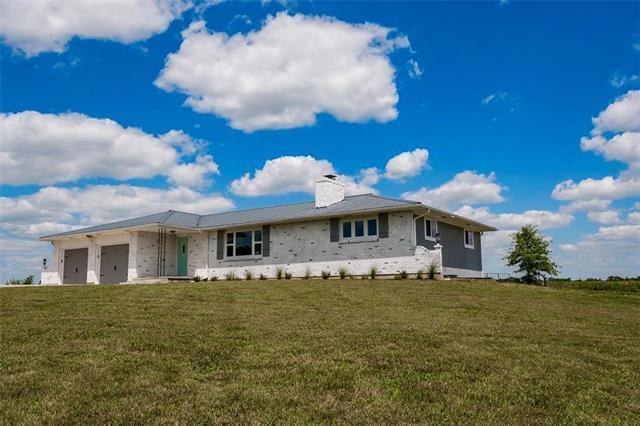 1355 K-68 Highway, Ottawa, KS 66067 (#2180103) :: House of Couse Group