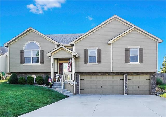 706 18TH Circle, Greenwood, MO 64034 (#2180187) :: No Borders Real Estate