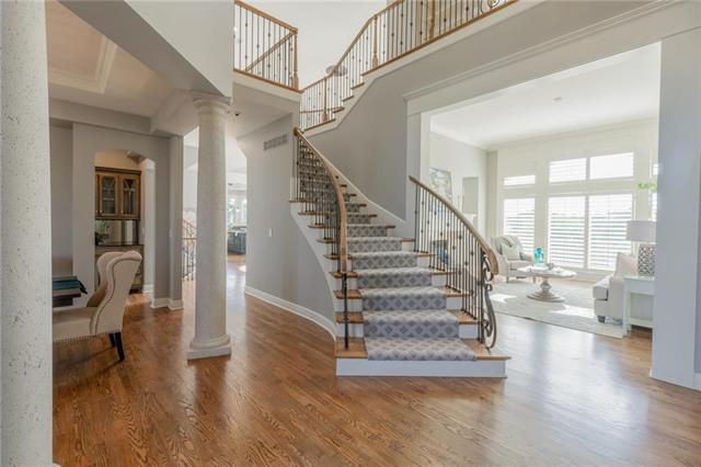 14008 Outlook Street, Overland Park, KS 66223 (#2180288) :: The Shannon Lyon Group - ReeceNichols