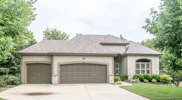 18715 W 97th Terrace, Lenexa, KS 66220 (#2180904) :: Eric Craig Real Estate Team