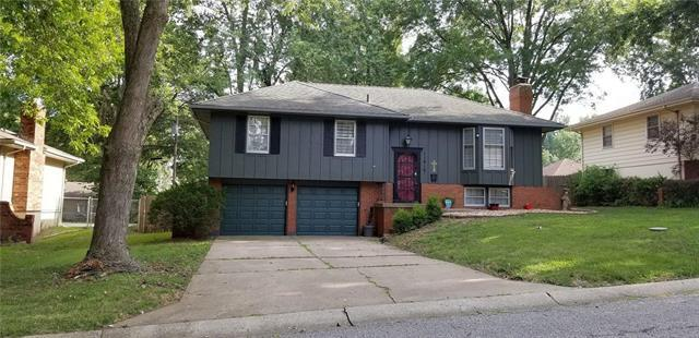 11819 E 57th Street, Kansas City, MO 64133 (#2181294) :: Eric Craig Real Estate Team