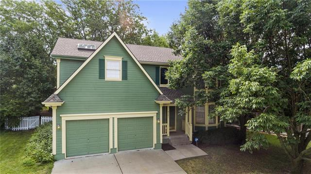 8101 NW Waukomis Drive, Kansas City, MO 64151 (#2181697) :: Kansas City Homes