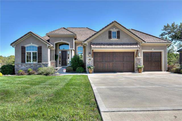 10635 N Dalton Avenue, Kansas City, MO 64154 (#2181860) :: Eric Craig Real Estate Team