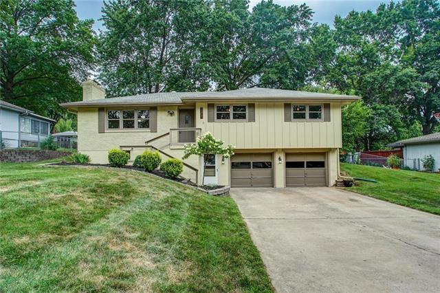 7504 N Baltimore Avenue, Gladstone, MO 64118 (#2181931) :: Kansas City Homes