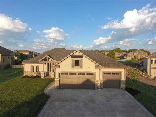 436 Lasley Branch Court, Raymore, MO 64083 (#2184169) :: Clemons Home Team/ReMax Innovations
