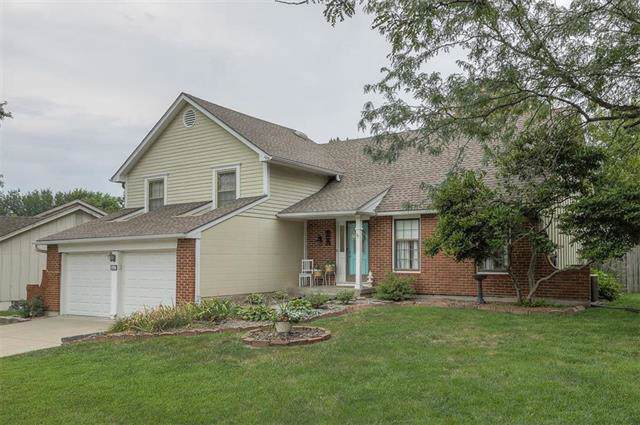 1027 Brookside Drive, Raymore, MO 64083 (#2187858) :: The Gunselman Team