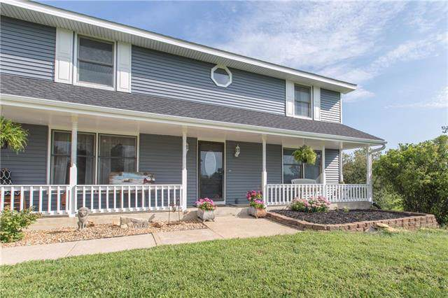 3680 W 247th Street, Louisburg, KS 66053 (#2188115) :: Clemons Home Team/ReMax Innovations