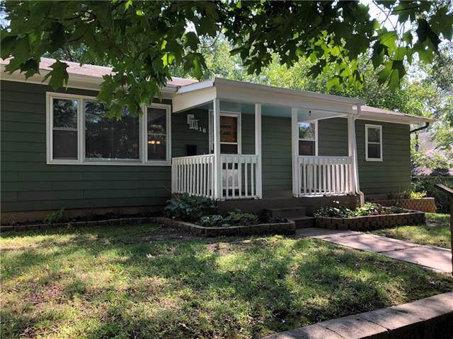 616 N 11th Street, Leavenworth, KS 66048 (#2188964) :: Eric Craig Real Estate Team