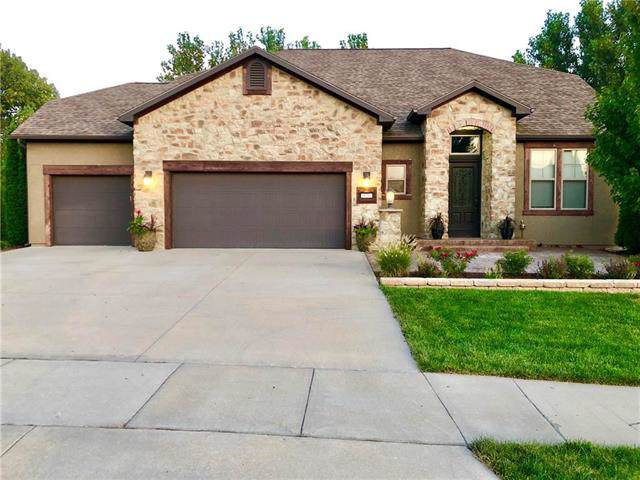 936 April Rain Road, Lawrence, KS 66049 (#2189258) :: House of Couse Group