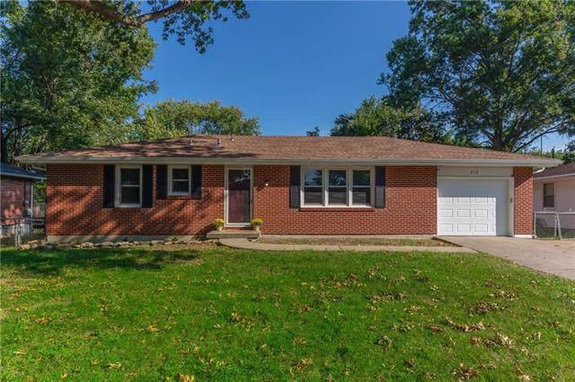 412 Stuart Street, Liberty, MO 64068 (#2189633) :: Kansas City Homes
