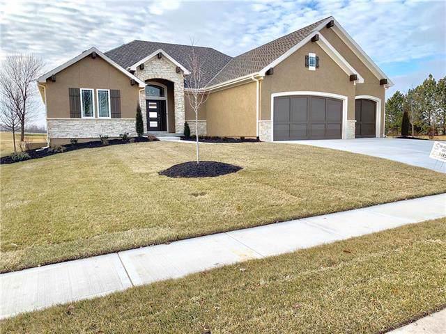 10104 N Bradford Avenue, Kansas City, MO 64154 (#2189744) :: Team Real Estate