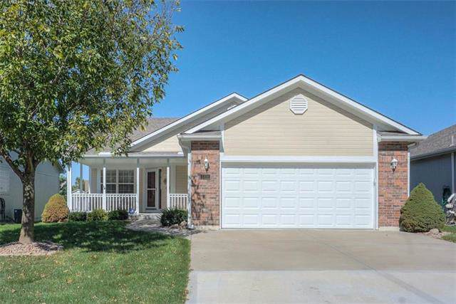 5426 S Duffey Avenue, Independence, MO 64055 (#2190797) :: Edie Waters Network