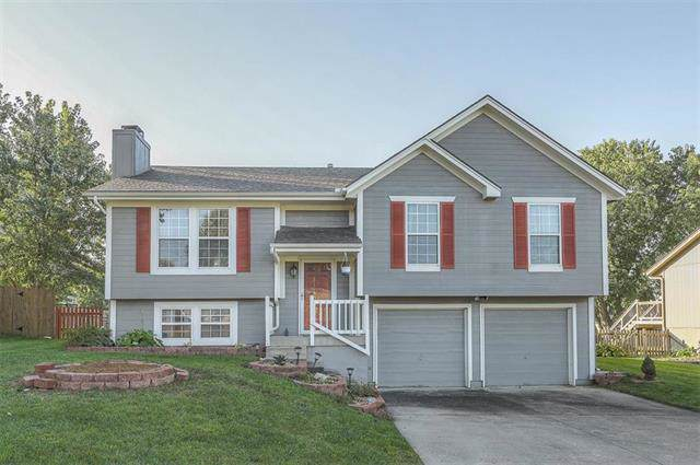 1903 Allendale Drive, Greenwood, MO 64034 (#2191266) :: Clemons Home Team/ReMax Innovations