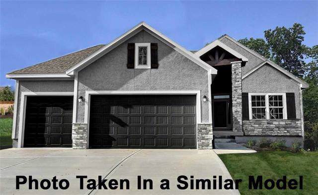 25722 W 96th Street, Lenexa, KS 66227 (#2191314) :: Eric Craig Real Estate Team