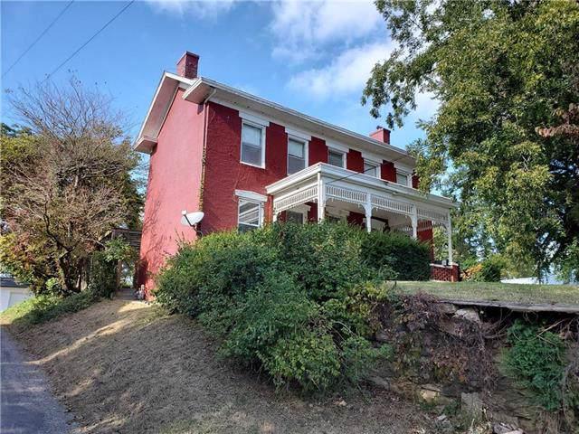 802 Highland Avenue, Lexington, MO 64067 (#2191973) :: Team Real Estate