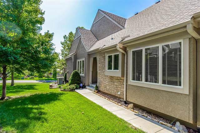 7891 W 157th Terrace, Overland Park, KS 66223 (#2192385) :: Kansas City Homes