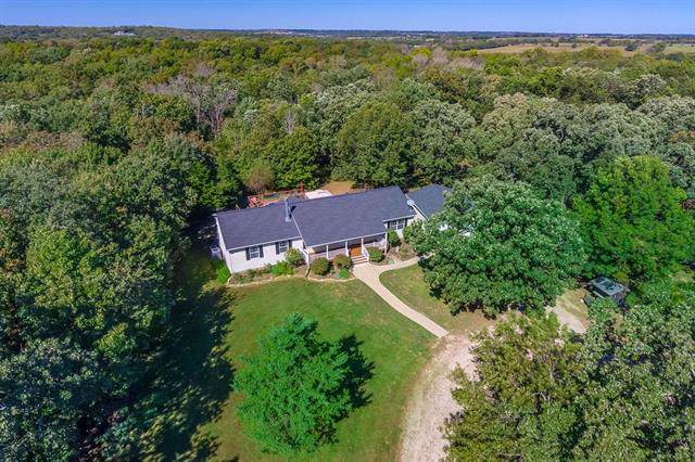 14610 W 311th Street, Paola, KS 66071 (#2192855) :: Clemons Home Team/ReMax Innovations