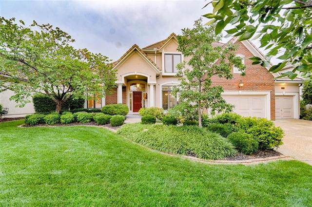 8900 Pine Street, Lenexa, KS 66220 (#2192894) :: The Shannon Lyon Group - ReeceNichols