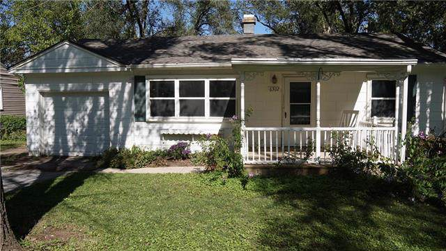 6302 E 147th Terrace, Grandview, MO 64030 (#2193133) :: Eric Craig Real Estate Team