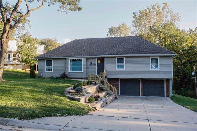 1904 NW 45th Street, Riverside, MO 64150 (#2193919) :: Kansas City Homes