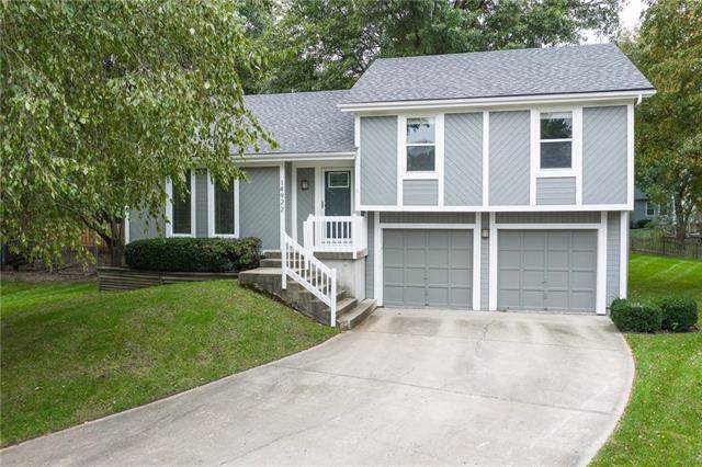 14922 W 147th Street, Olathe, KS 66062 (#2193939) :: Kedish Realty Group at Keller Williams Realty