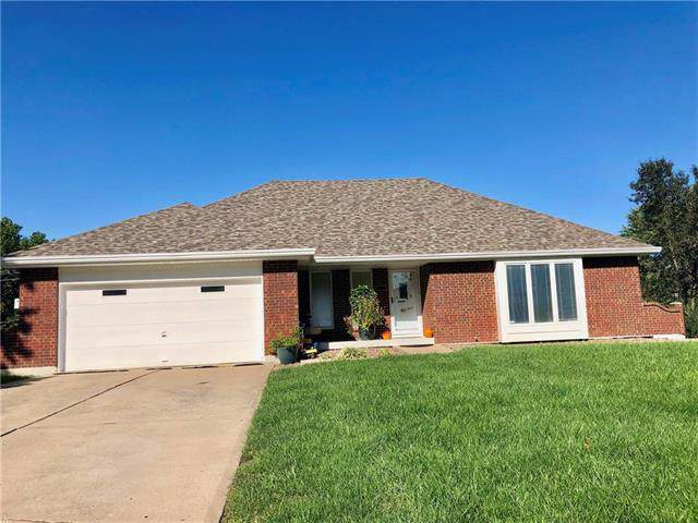 17012 E 36th Street, Independence, MO 64055 (#2194166) :: Edie Waters Network