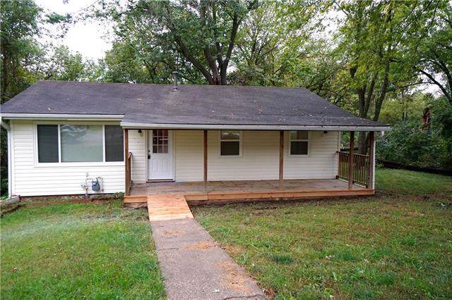 1119 Cordell Street, Excelsior Springs, MO 64024 (#2194198) :: Clemons Home Team/ReMax Innovations