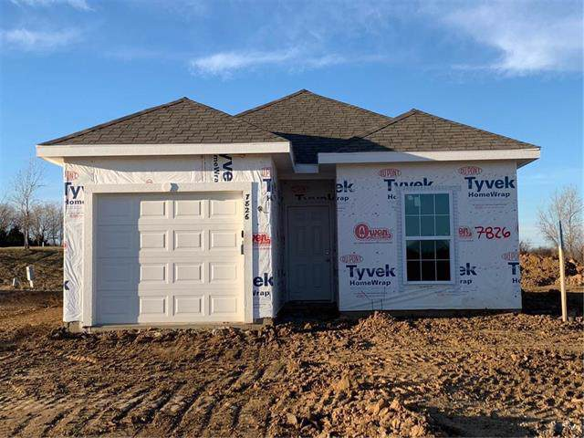 7826 NW 123rd Terrace, Kansas City, MO 64163 (#2195577) :: Clemons Home Team/ReMax Innovations