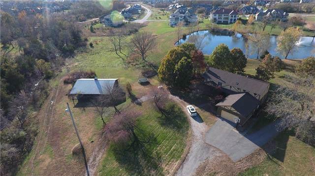 16601 Goddard Street, Overland Park, KS 66221 (#2196363) :: Dani Beyer Real Estate
