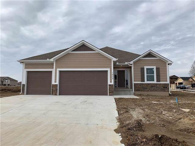 1808 NW Tayler Court, Grain Valley, MO 64029 (#2196644) :: Eric Craig Real Estate Team