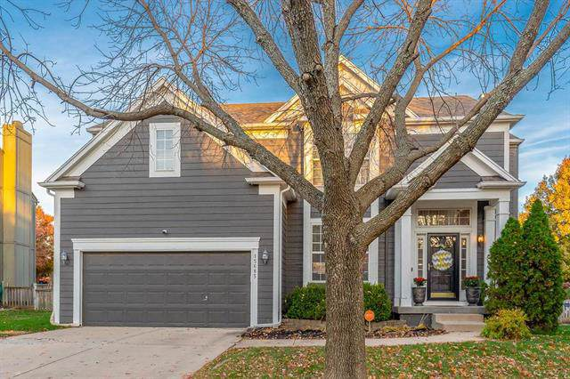 15685 S Blackfeather Street, Olathe, KS 66062 (#2197305) :: The Shannon Lyon Group - ReeceNichols