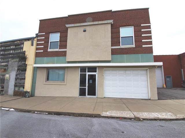 518 S 8th Street, St Joseph, MO 64501 (#2197755) :: Eric Craig Real Estate Team