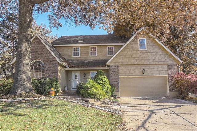 9635 W 116TH Circle, Overland Park, KS 66211 (#2197935) :: The Shannon Lyon Group - ReeceNichols